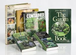 112  -  [Jardines y jardinería: 6 libros]